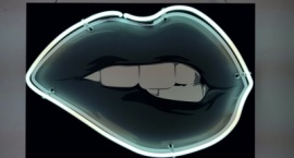 """""""Mouth"""" custom neon sign"""