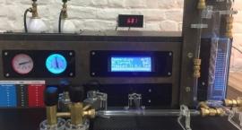 Neon Vacuum Station
